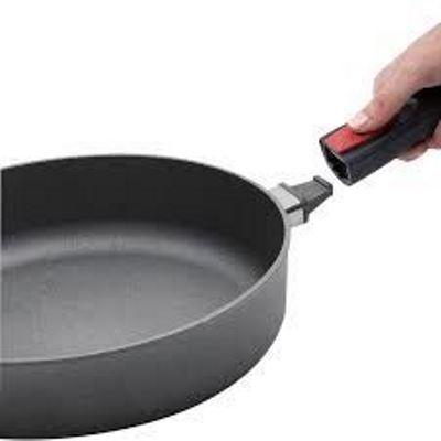 WOLL SAUTE PAN32CM  65CM DETACH D LIGHT ind